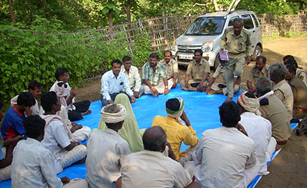 Deputy Conservator of Forest having interactions with participating trainees