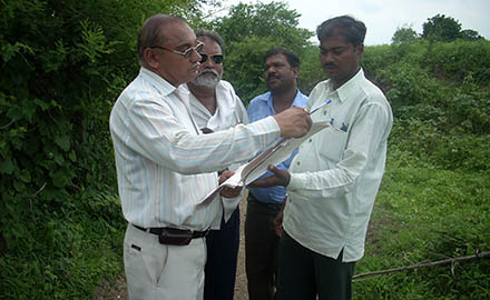 Field verification by TAO, Hinganghat at Yerla Dorla village under Adarsha Gaon Project